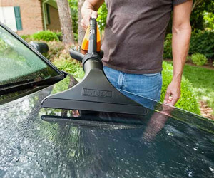 drying your car using another attachment